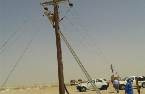 Pole Overhead Line Structures : Installation of kv overhead on wooden poles